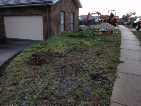 Before low budget landscape, front garden, Diamond Creek, Path, Rocks