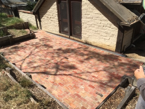 Second Hand Red Bricks, Second hand Red Brick paving Eltham,