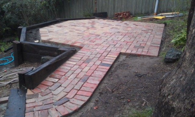 Second Hand Red Bricks, Second hand Red Brick paving Eltham, retained level area