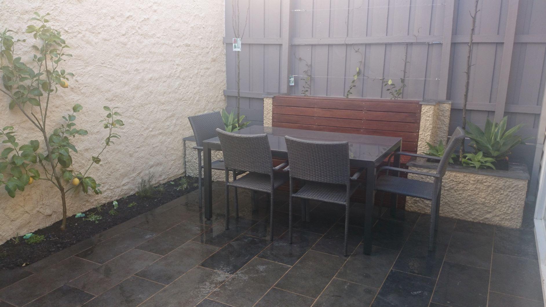 South Melbourne courtyard garden.