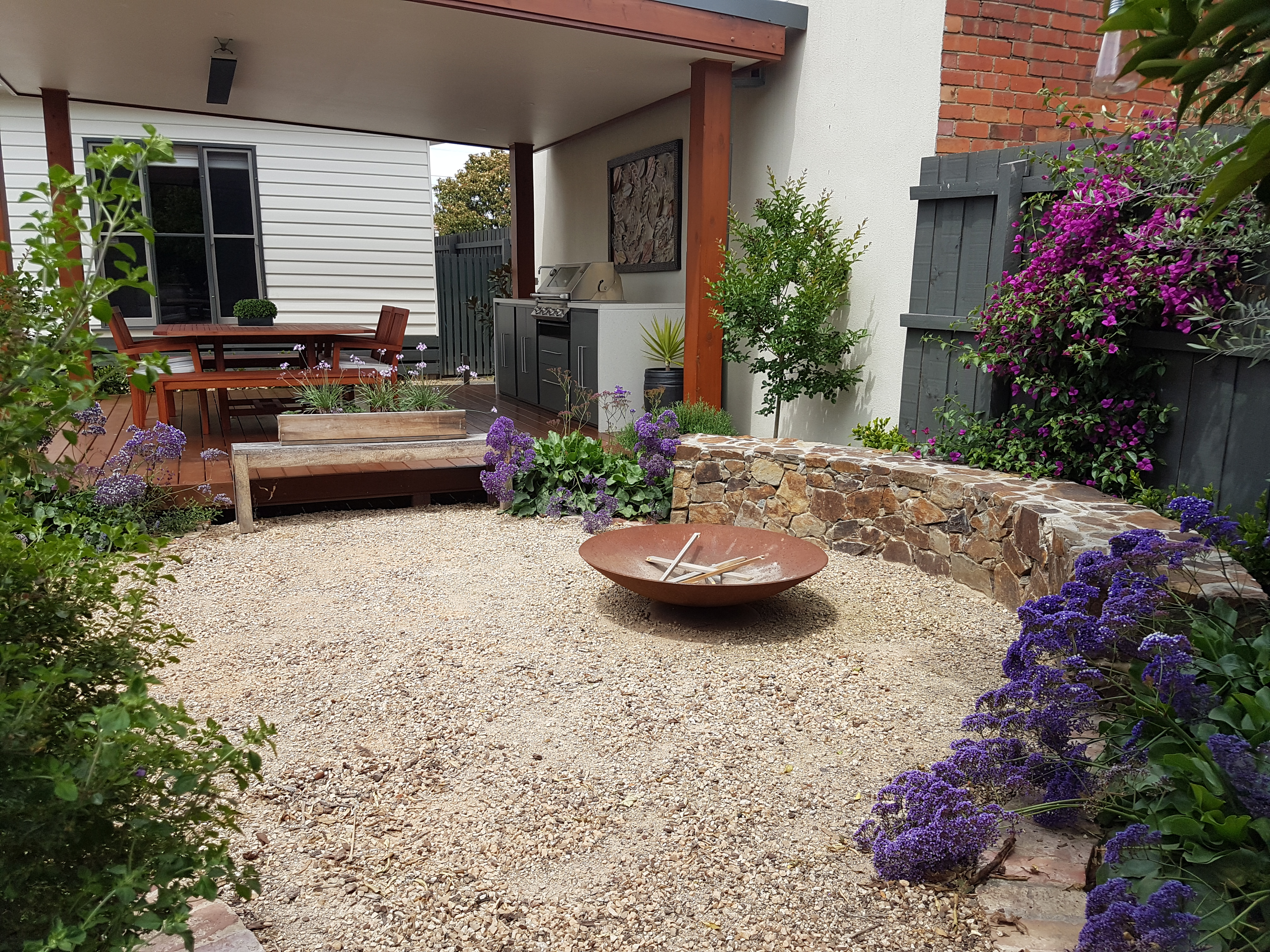 Fire pit, Coldstream stone seat, Compacted toppings