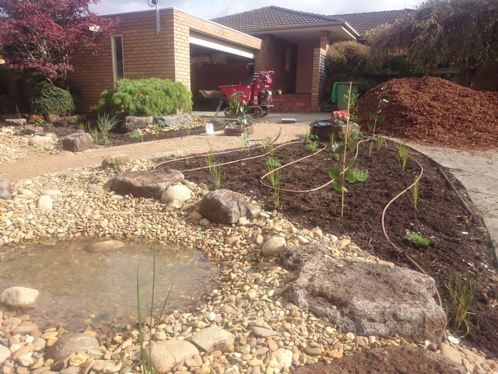 birds to enjoy a bath, Pond, dripper pipe for watering, River stones, Garden beds
