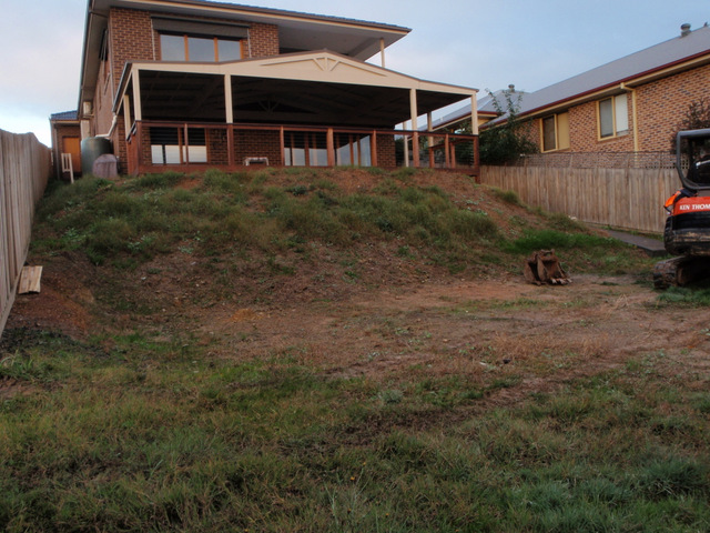 Before landscaping, Sloping garden bed, Diamond creek back garden