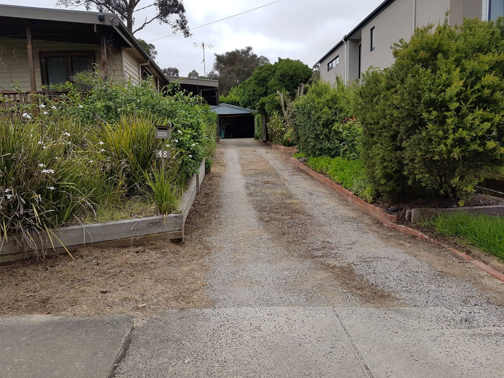Before driveway resurfacing, Eltham driveway, Lillydale tippings driveway.