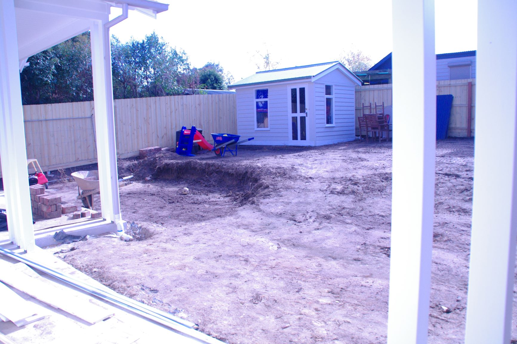 Reservior back garden, Cute garde shed, Before wall is built