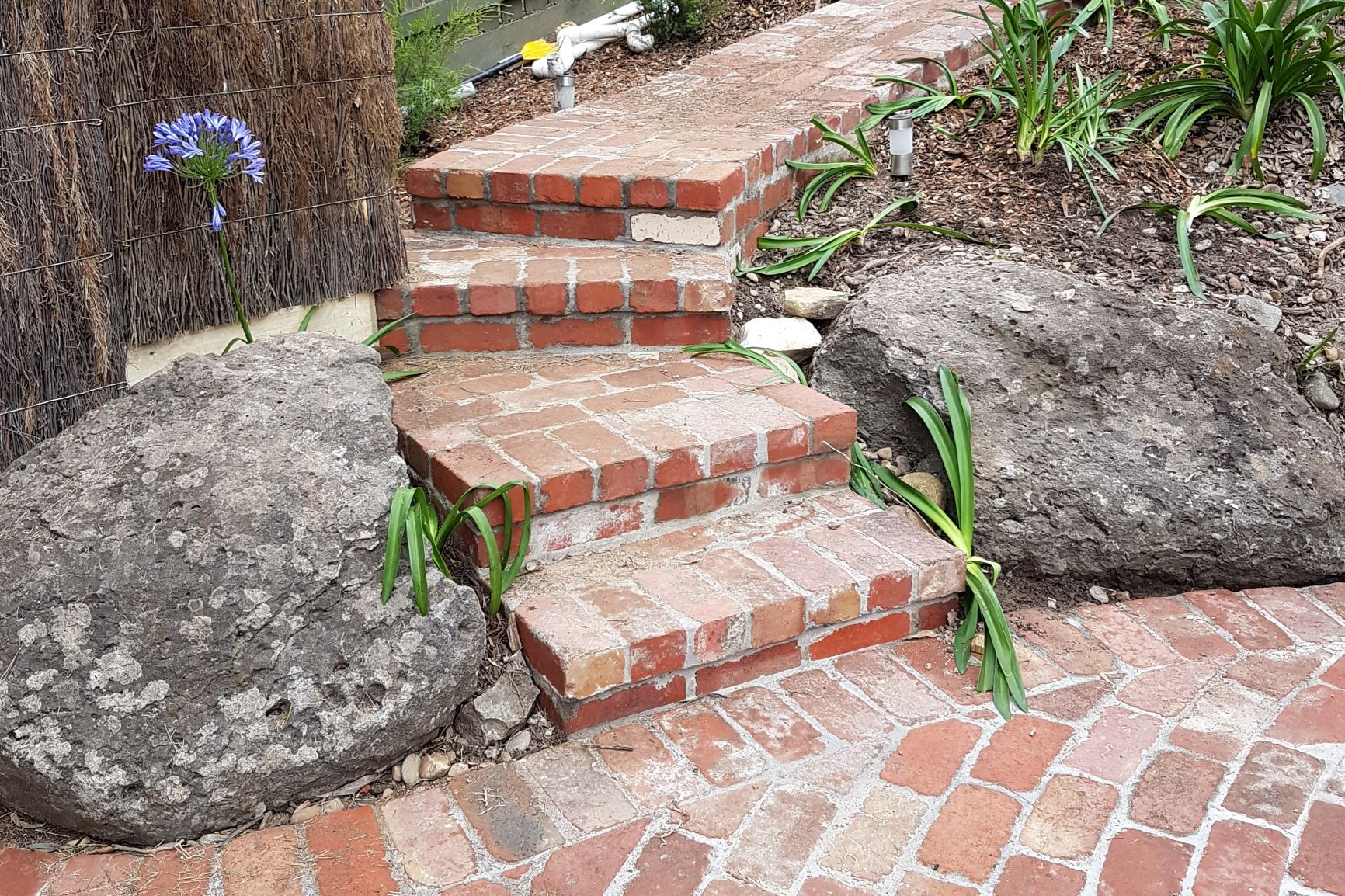 Second hand Red Brick paving and Steps, Second hand Red Bricks, Paving and Steps