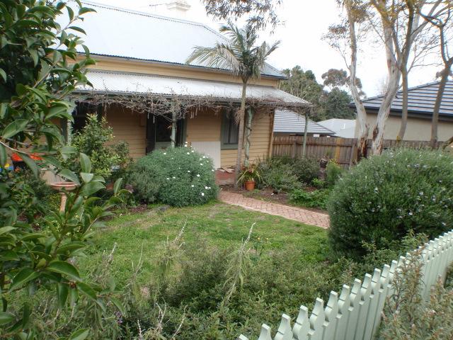 Cottage garden required