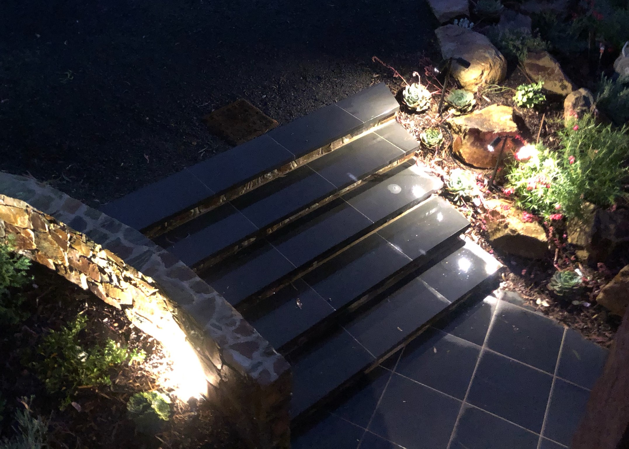 lighting the Stone wall, garden lighting,